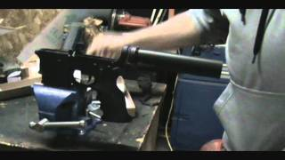 Build a custom AR15 rifle