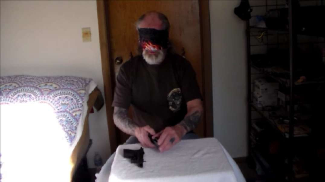 Blindfold takedown and Reassembly Of Springfield XD 40 Cal Sub-Compact